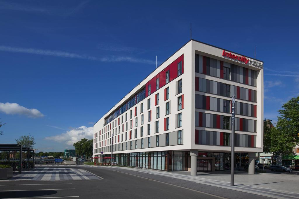 Book a cheap room in IntercityHotel Duisburg