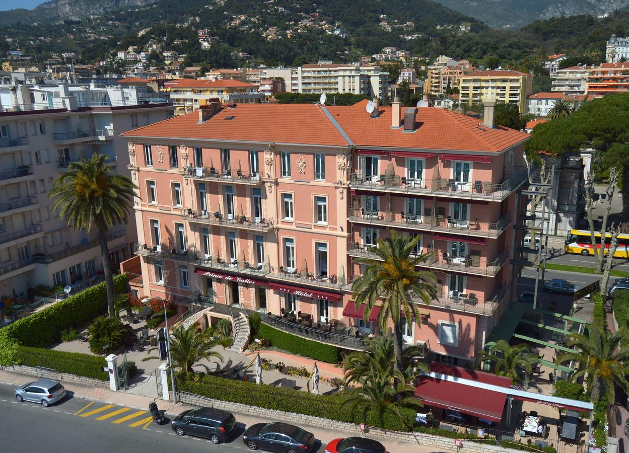 Book a cheap room in Best Western Plus Hotel Prince De Galles