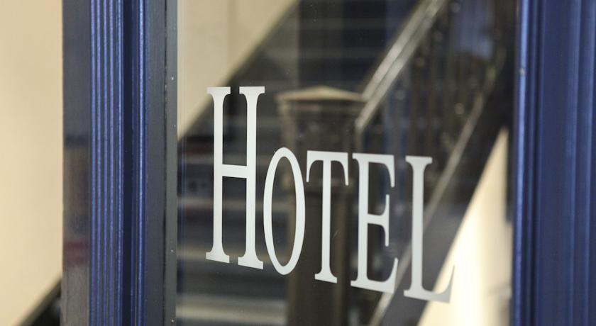 Book a cheap room in Hotel Hauser Boutique