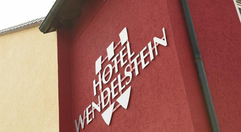 Book a cheap room in Hotel Wendelstein