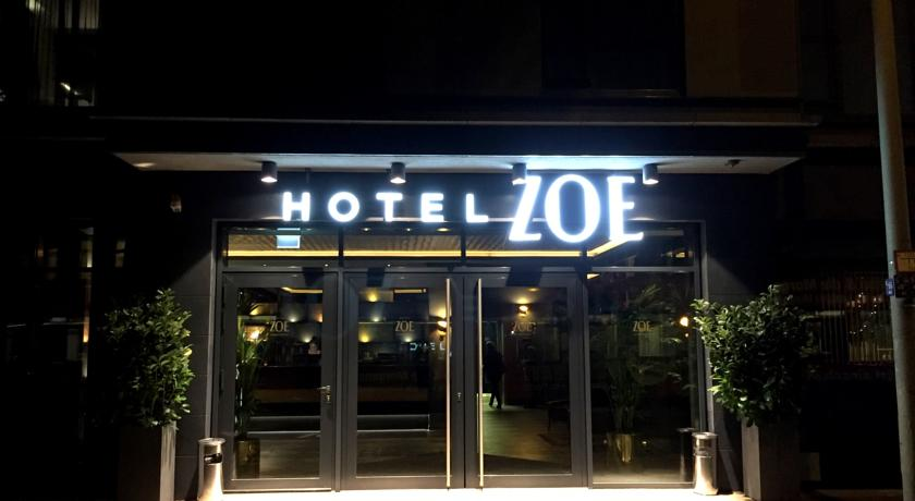 Book a cheap room in Hotel ZOE by AMANO Group