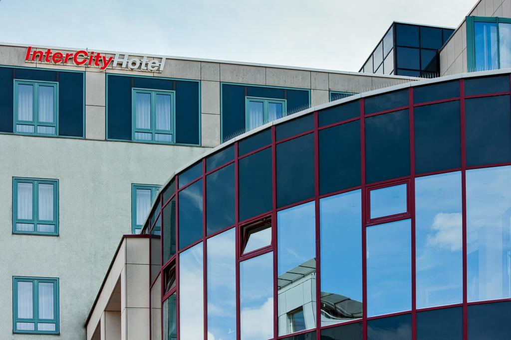 Book a cheap room in IntercityHotel Augsburg