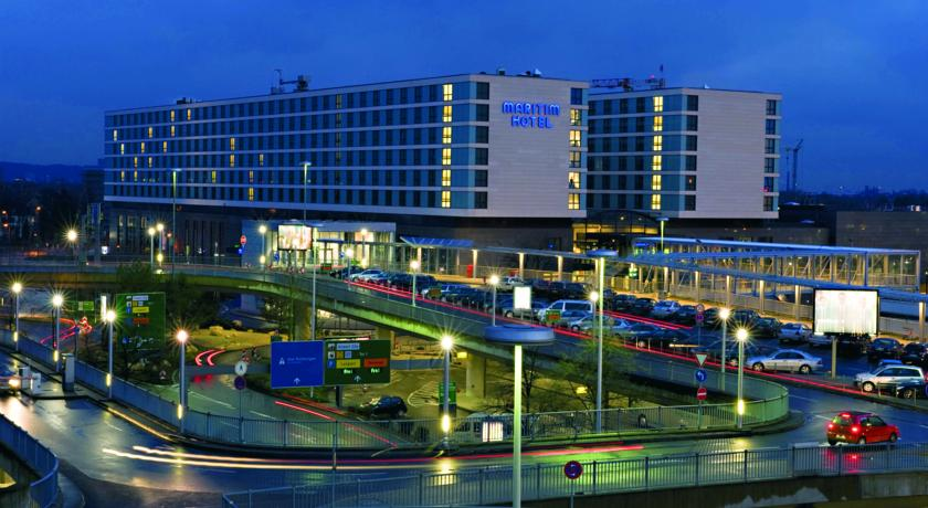 Book a cheap room in Maritim Hotel Dusseldorf
