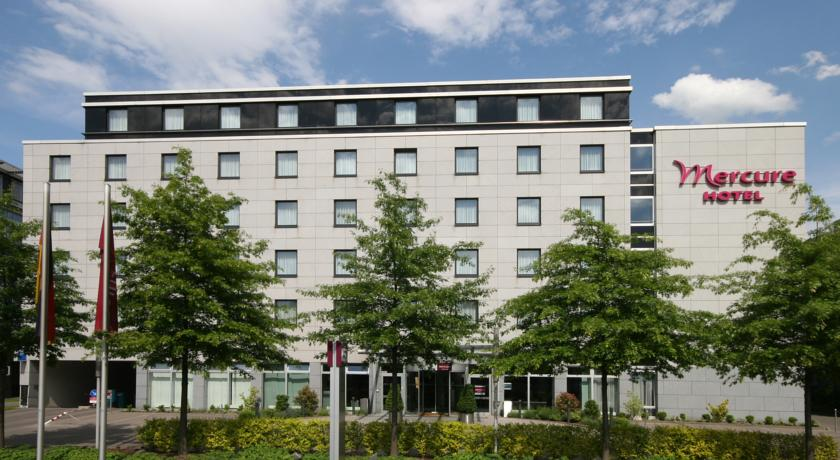 Book a cheap room in Mercure Hotel Dusseldorf City Nord