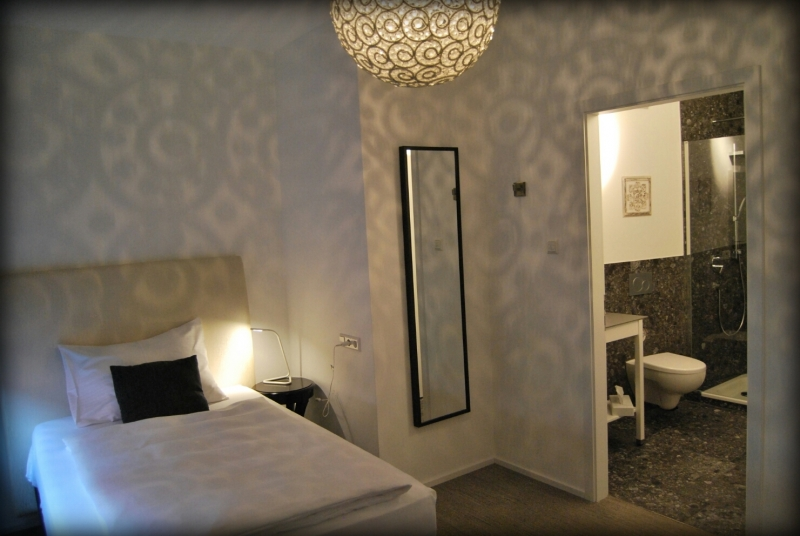 Book a cheap room in Ochsen Hotel am Mehlsack