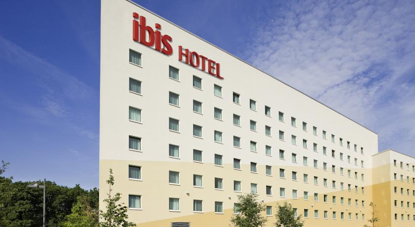 Book a cheap room in ibis Hotel Frankfurt City Messe