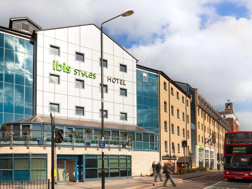Book a cheap room in ibis Styles London Excel